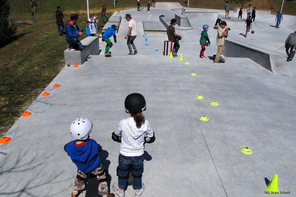 cours collectifs. cours de skate