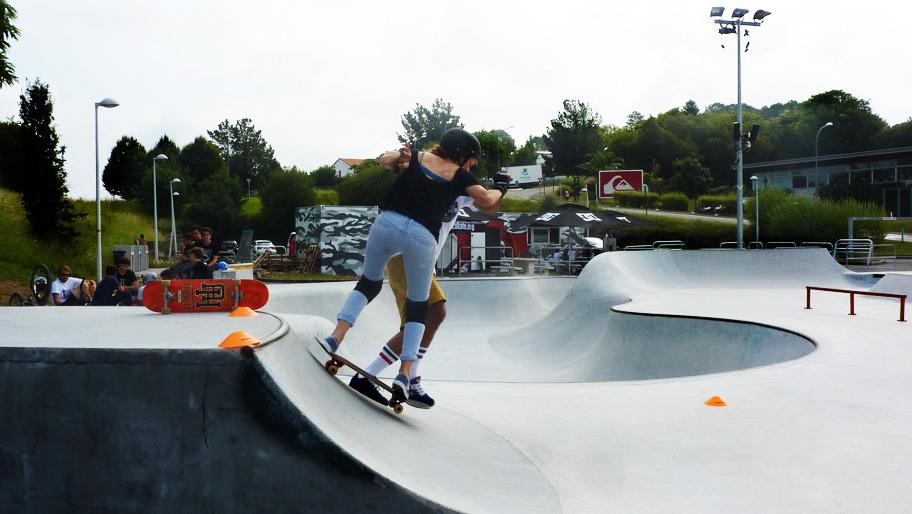 162 skate school. cours de skate. cours particuliers de skate